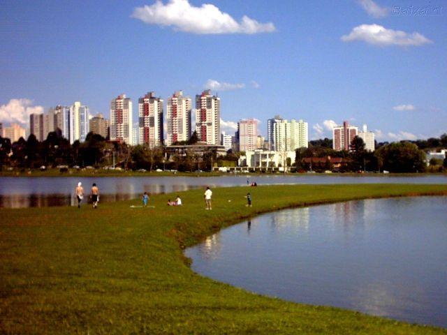 curitiba_anti_suburb